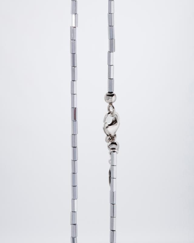 hamatit-collier