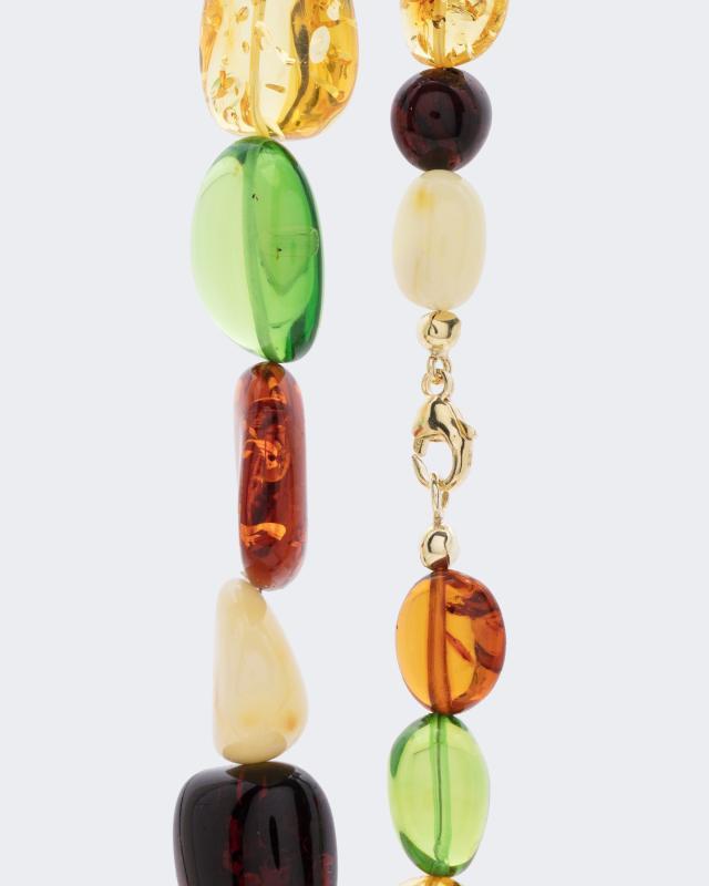 collier-mit-farbigen-bernsteinen