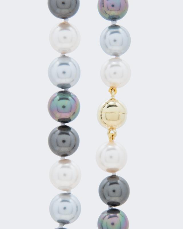 collier-mit-muschelkernperlen-12-mm