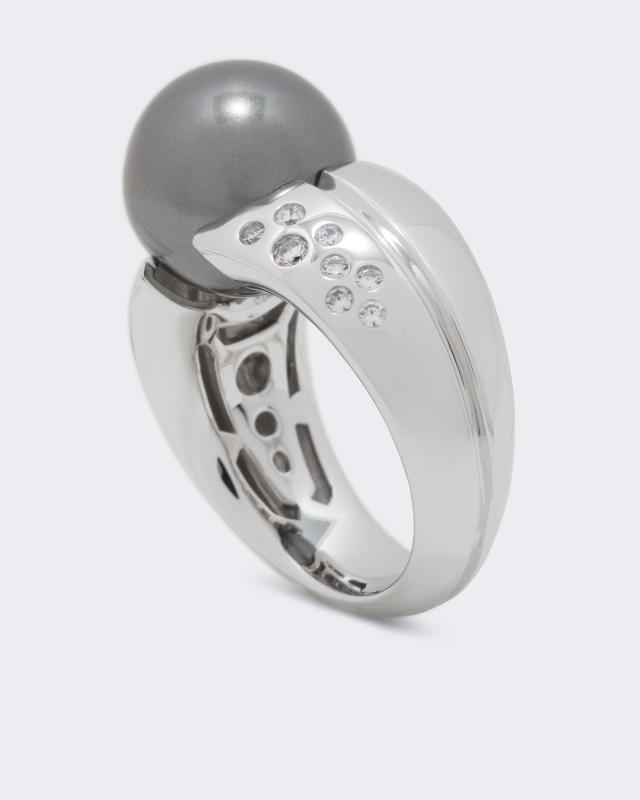 ring-mit-muschelkernperle-und-zirkonia