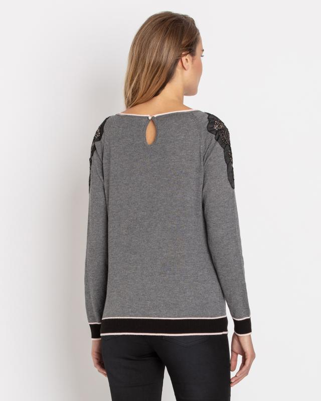 pullover-mit-spitzennetz
