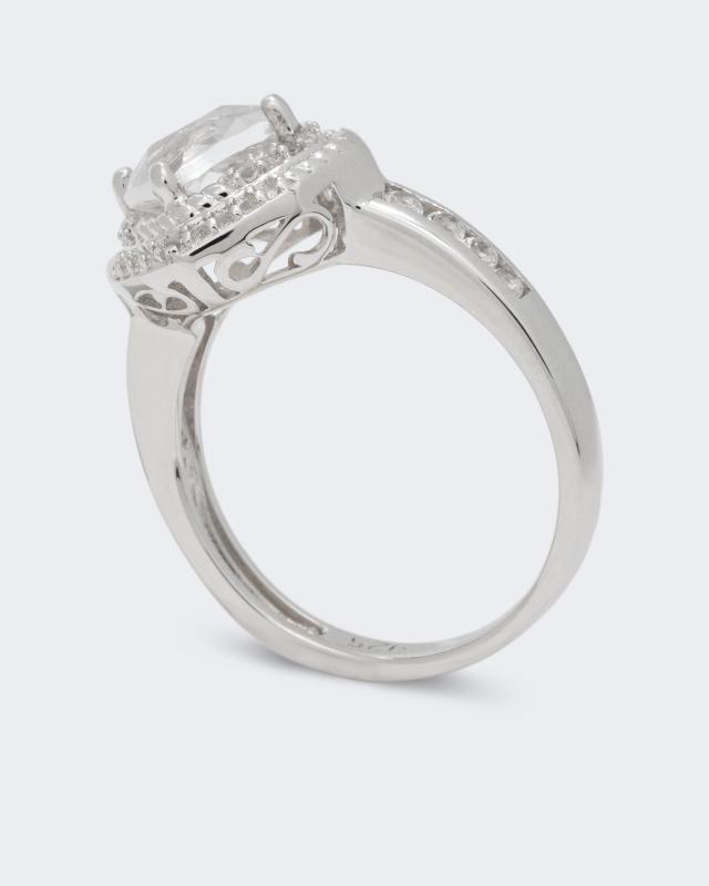 ring-mit-topas-und-bergkristall