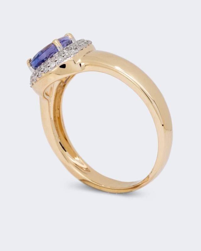 ring-mit-tansanit-und-diamanten