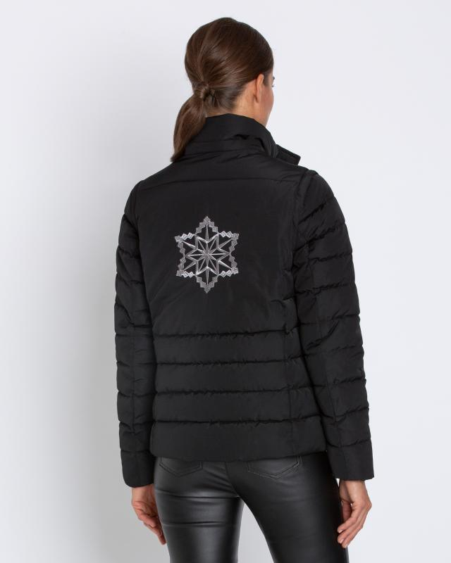 steppjacke-mit-stickerei