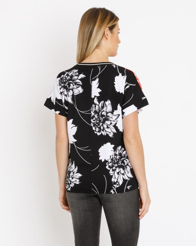shirt-mit-gro-em-blumendruck