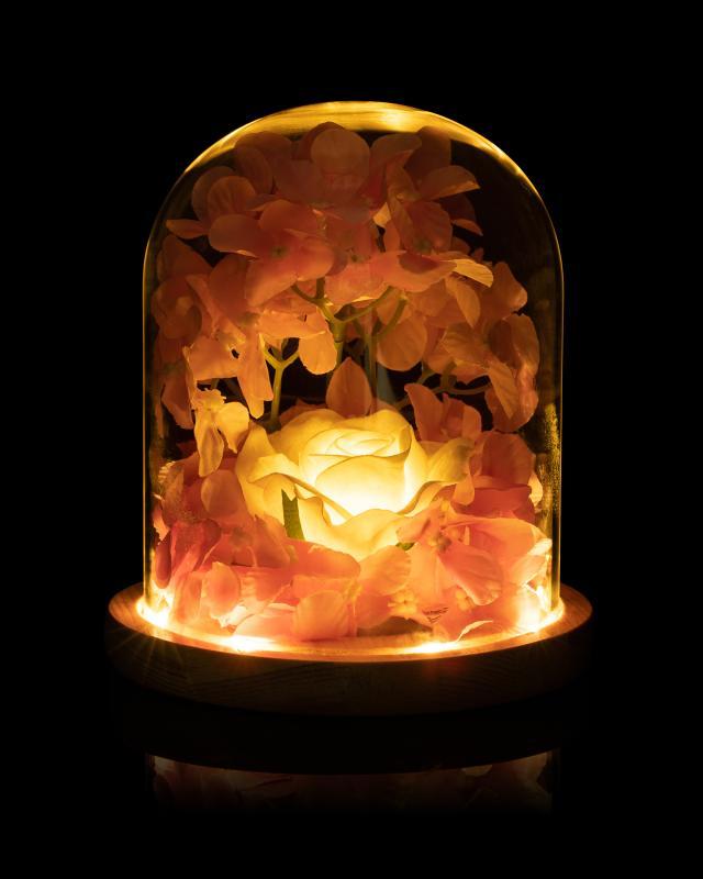 led-cloche-mit-kunstblumen