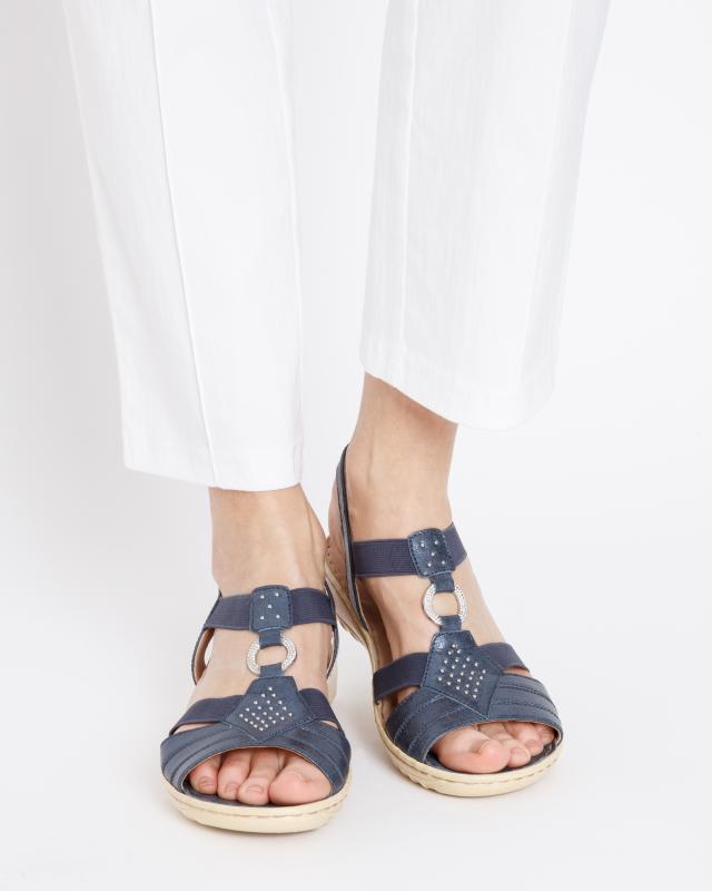 sandale-mit-nieten-deko