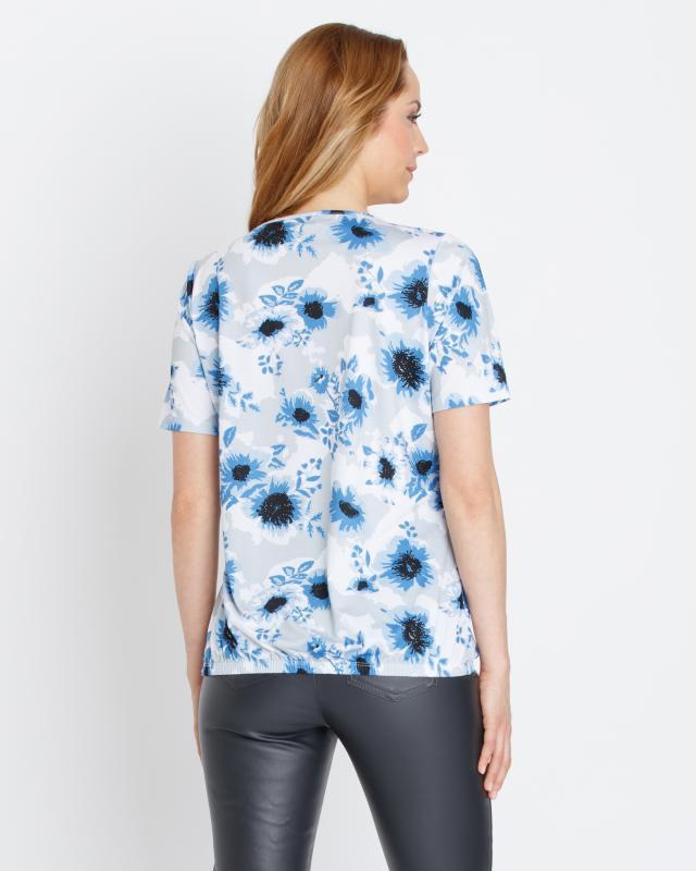 shirt-mit-metall-accessoire