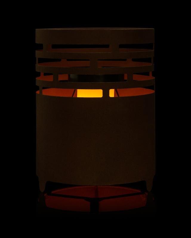 solar-mini-kamin-mit-flammen-effekt
