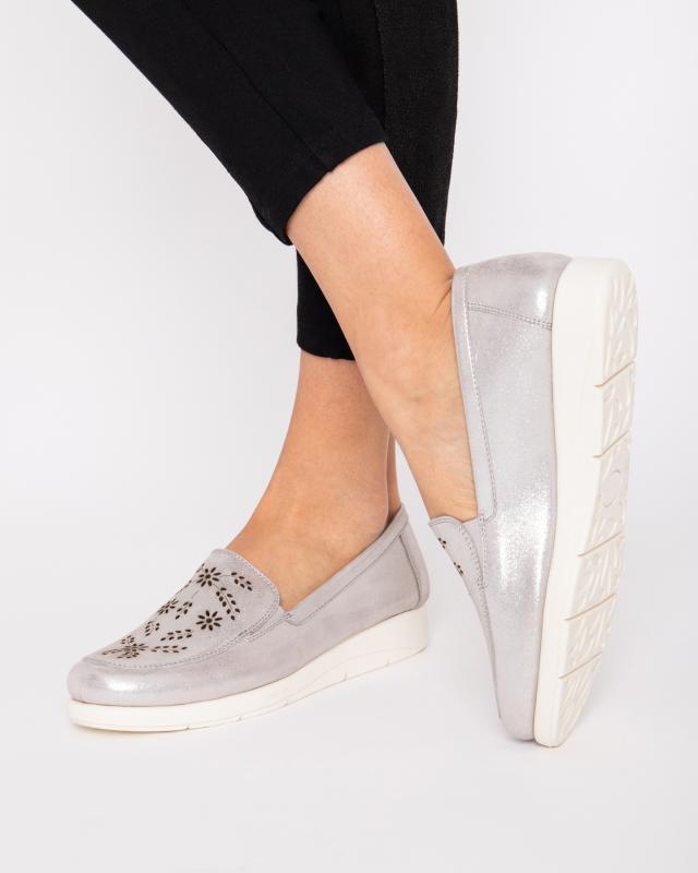 slipper-mit-lasercut-design