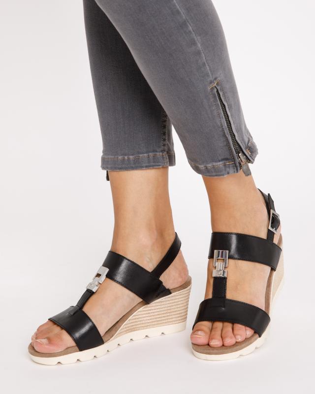 sandalette-mit-t-steg