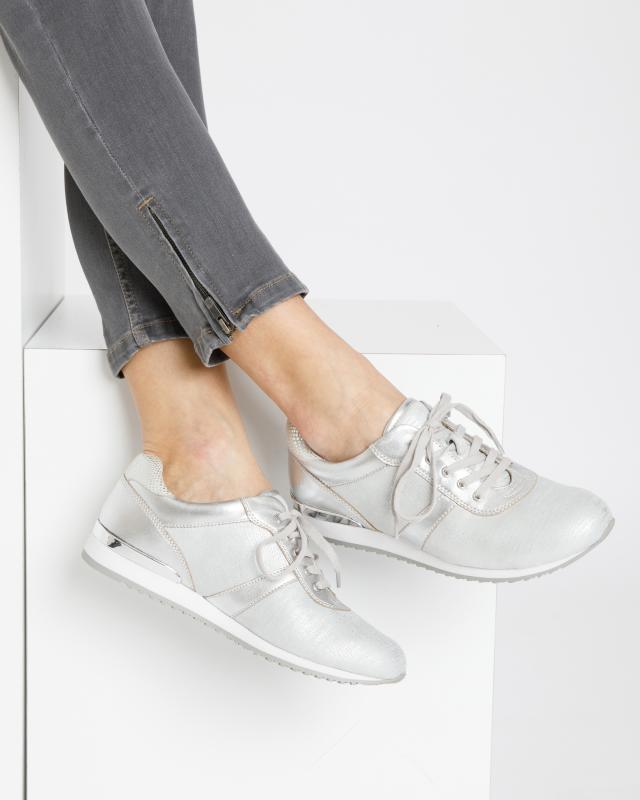 stretch-sneaker, 84.99 EUR @ hse24
