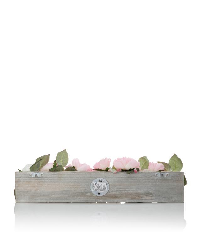 deko-board-mit-kunstblumen