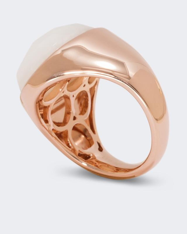 vergoldeter-silberring-mit-opal