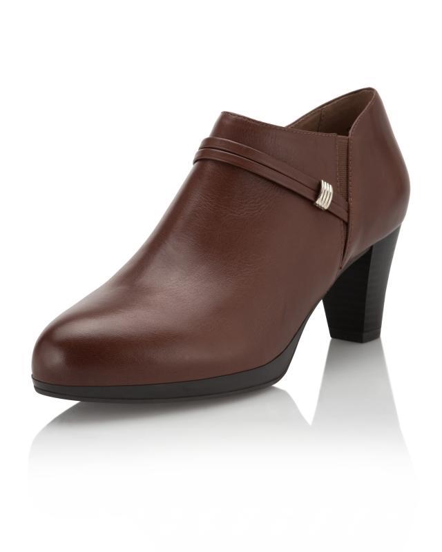 Hochfrontpumps mit Deko-Riemchen | Schuhe > Pumps > Hochfrontpumps | Leder | Caprice