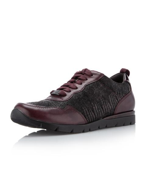 Sneaker aus Leder & Textil