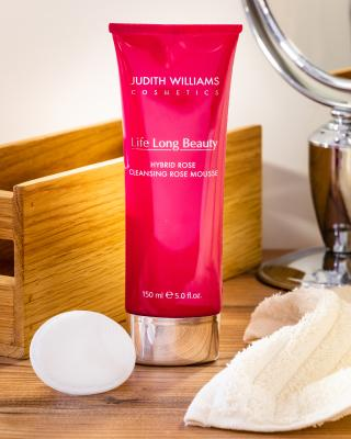 Hybrid Rose Cleansing Mousse
