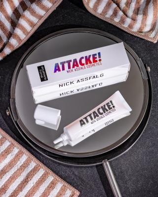 100% ATTACKE! Serum gegen Falten