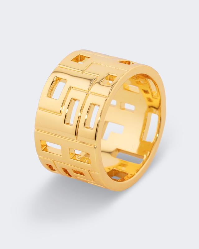 Ring in durchbrochenem Design