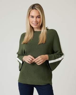 Pullover mit raffinierten Ärmeln