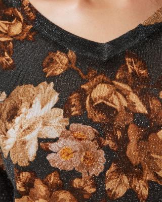 Strickpullover mit Blumendruck