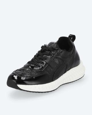 Sneaker, Lackleder