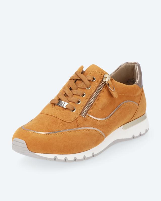 Sneaker mit 2-farbiger Laufsohle