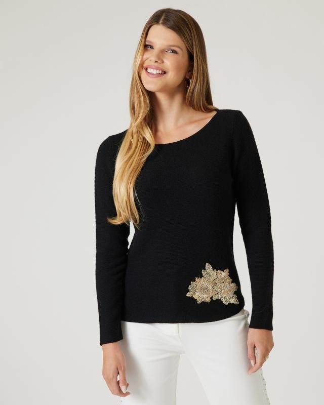 Pullover mit Blütenstickerei