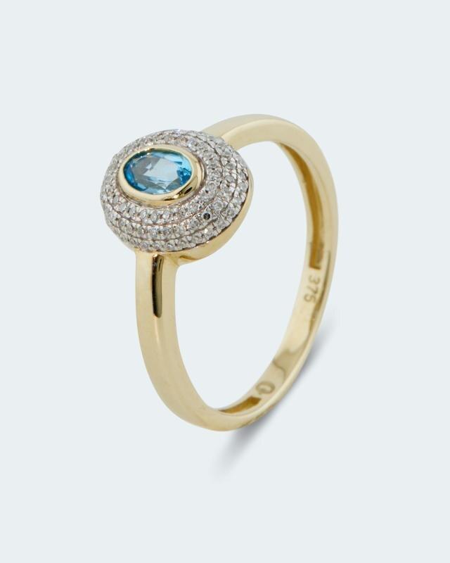 Ring mit Blautopas & Diamanten